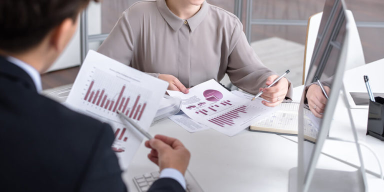 29 Influencer Marketing Statistics To Inform Your Strategy
